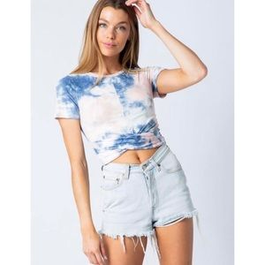 Tie dye knotted Cropped Tee